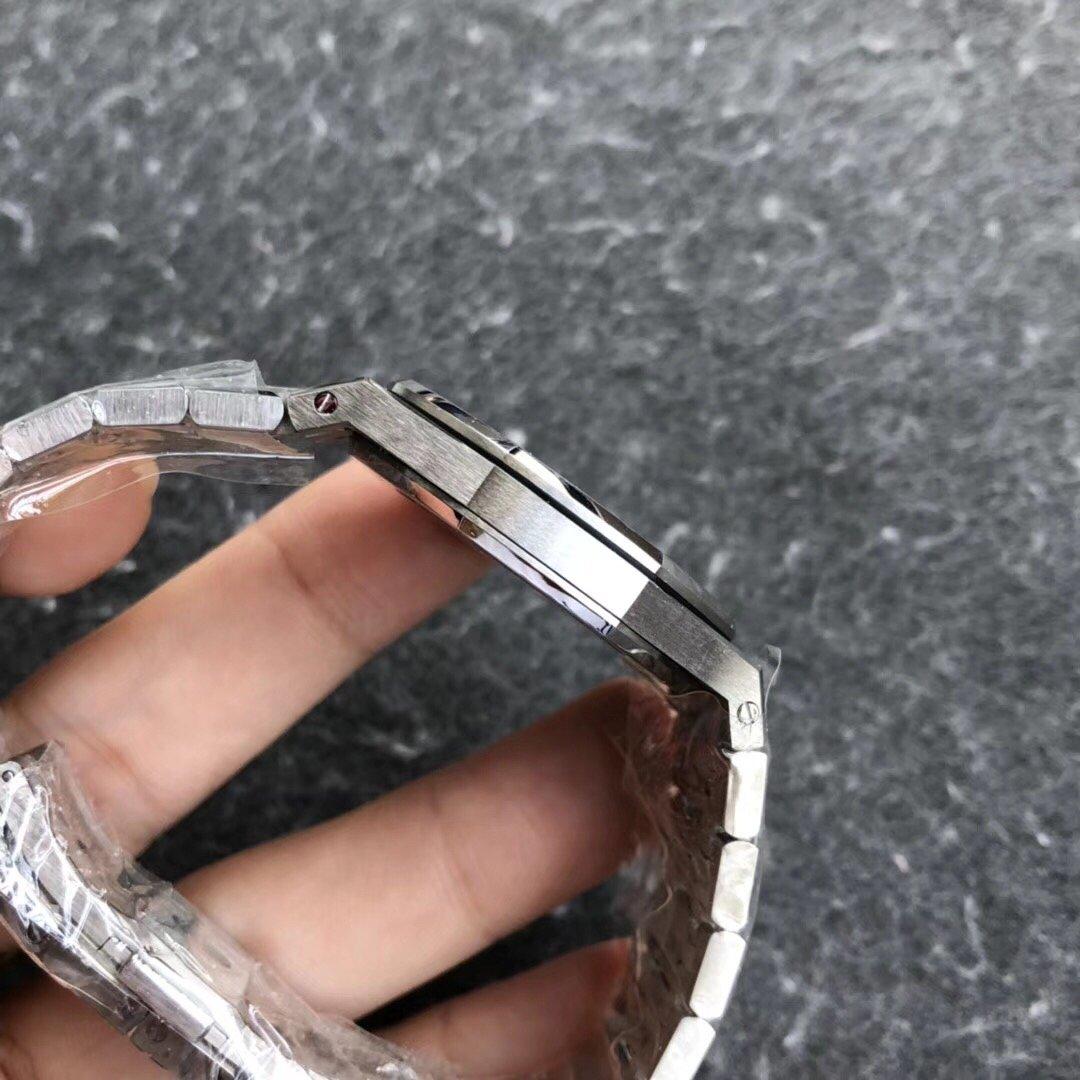JF爱彼皇家橡树女装石英腕表33直径白盘圈钻