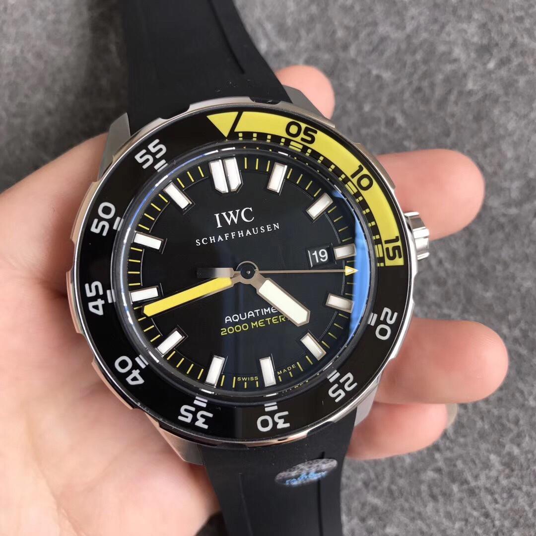 ZZ万国表海洋时计系列IW356802复刻表 超强夜光