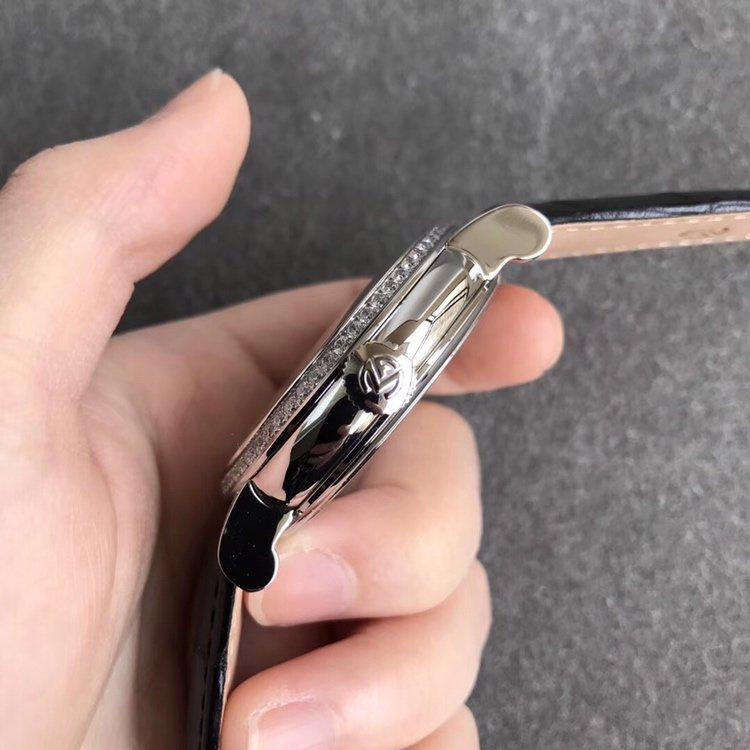 TW法兰克穆勒GIGA圆形镂空陀飞轮腕表