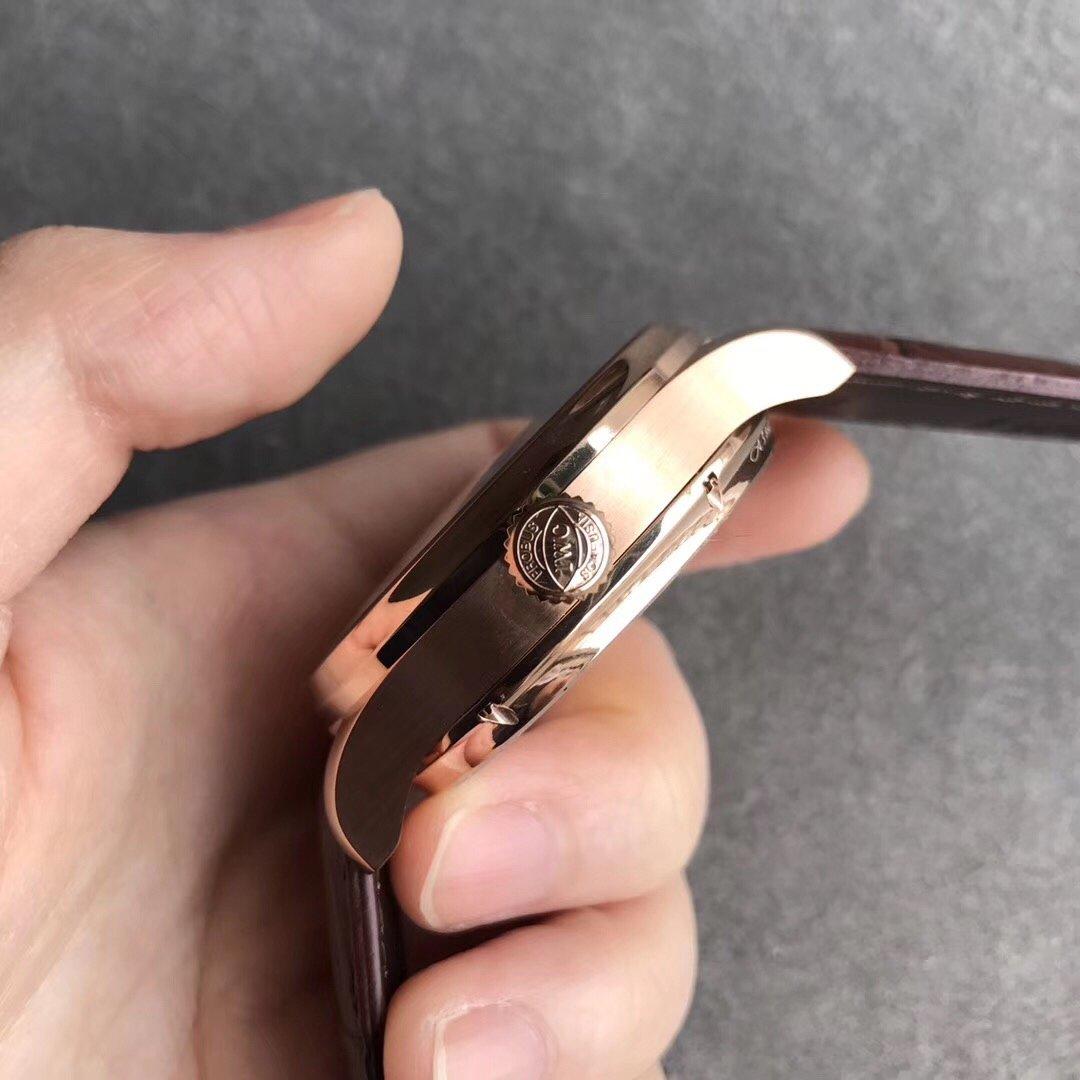 ZF万国表葡萄牙系列逆跳陀飞轮复刻手表
