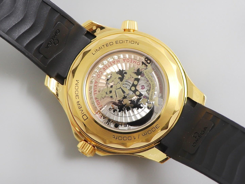 VS欧米茄海马300米复刻表 黄金版007詹姆斯邦德女王特使 限量版