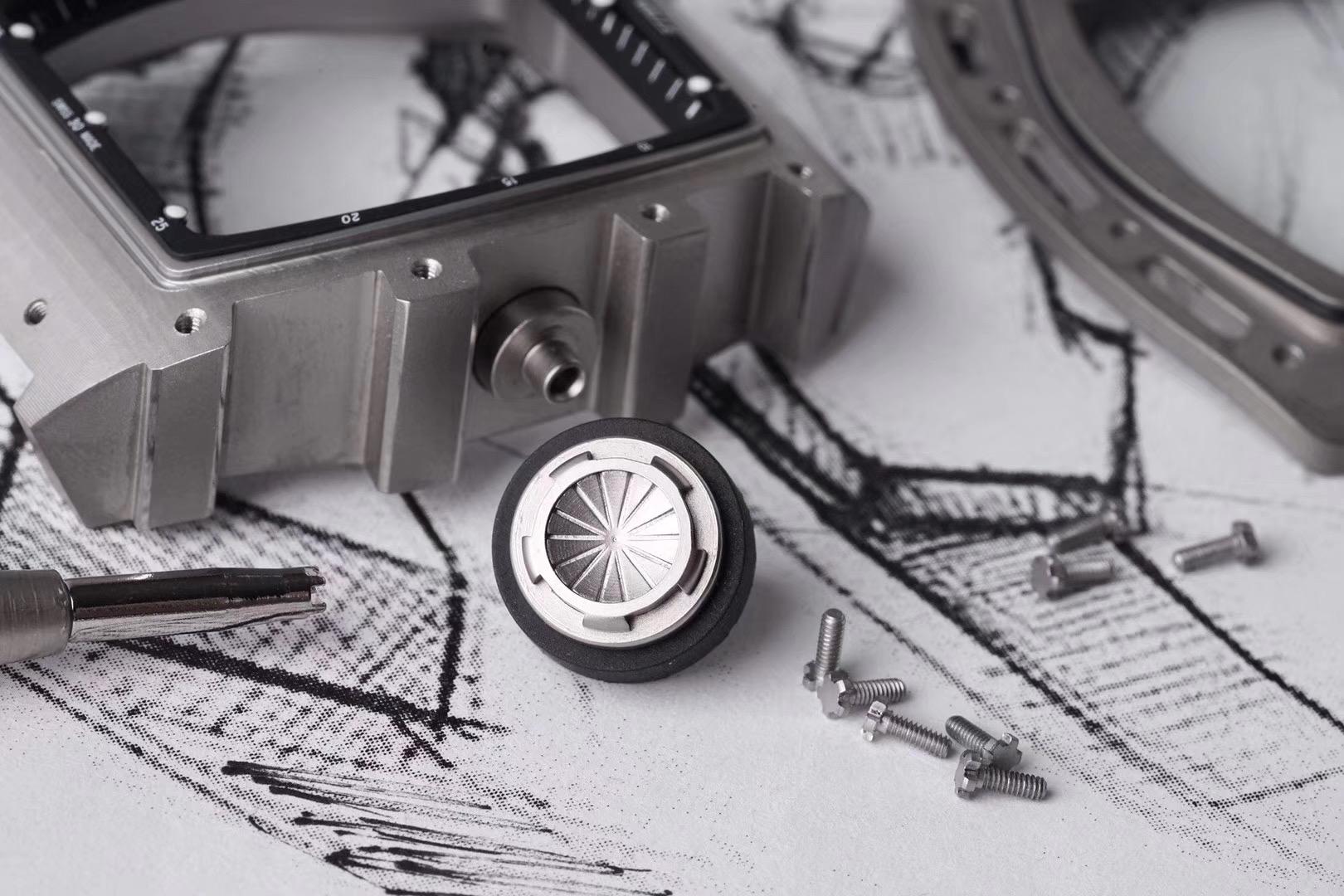理查德米勒RM052顶级复刻表骷髅头镂空陀飞轮