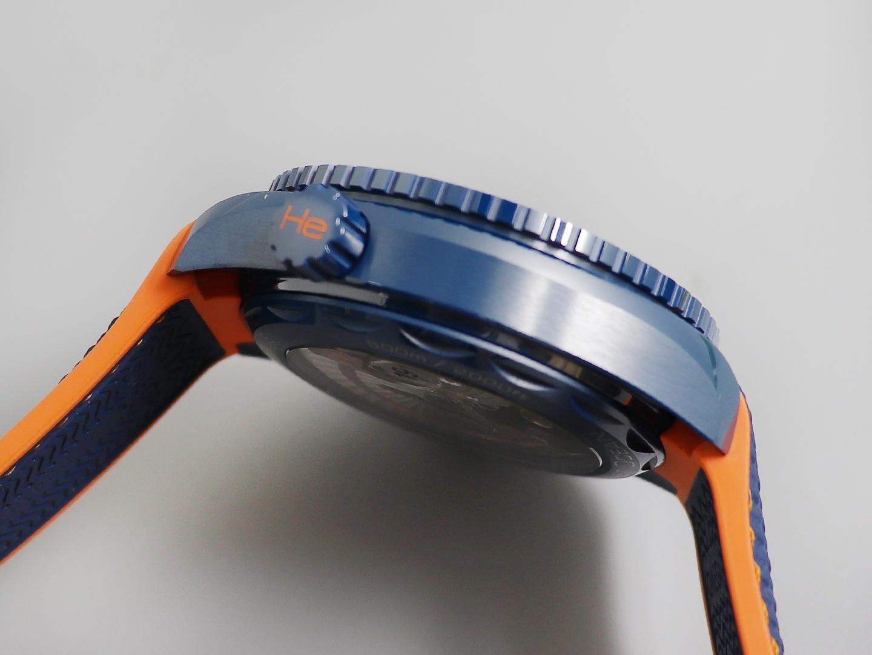 欧米茄海马复刻表系列215.92.46.22.03.001蓝陶瓷男士机械手表